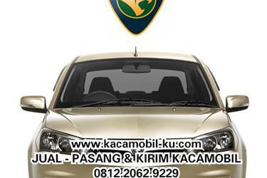 Kaca mobil Proton Saga