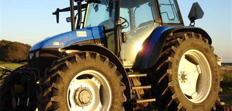 Ban Traktor - Berkat Partindo Abadi