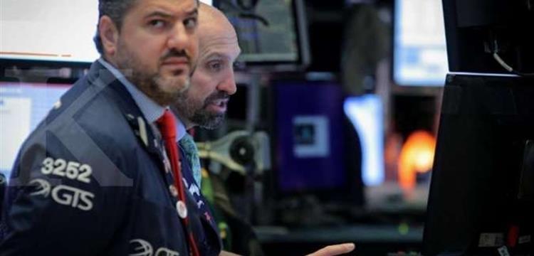 Harapan penurunan suku bunga imbangi eskalasi perang dagang, Wall Street stagnan