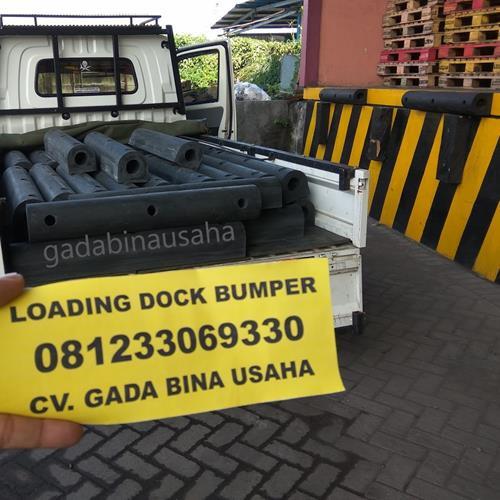 Karet Bumper Loading Dock Tipe D
