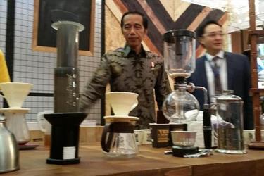 Presiden Jokowi: Konsep Waralaba Cocok di Negara Kita