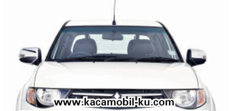 Kacamobil Mitsubishi Triton Kaca Mobil