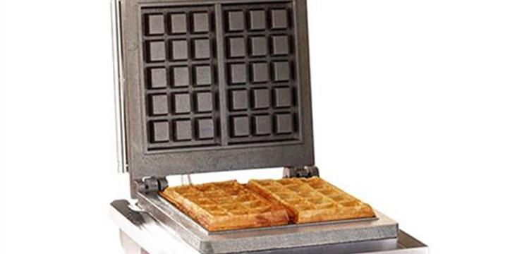 Roller Grill Single waffle iron for Belgian waffles GES 10